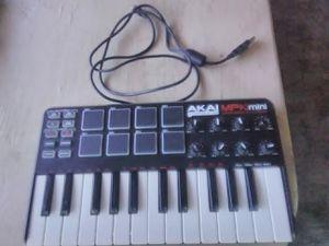 Akai professional MPK mini laptop production keyboard for Sale in Phoenix, AZ