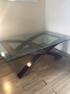 Coffee and matching side tables for Sale in Fort Lauderdale, FL