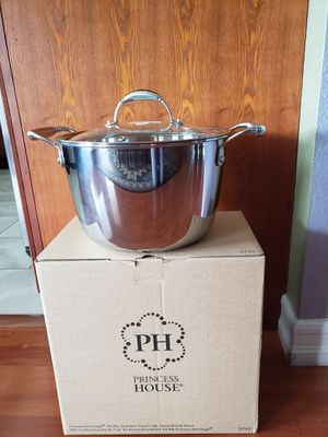 Princess House Tri-Ply Stainless Steel 7 Qt. Deep Dutch Oven - NEW for Sale in Rialto, CA