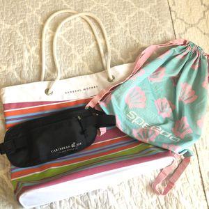Summer Bag Bundle - 3 for Sale in Tempe, AZ