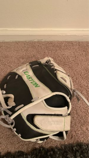 Easton softball glove for Sale in Etna, OH