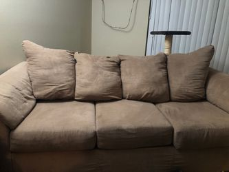3-SEAT COUCH LIGHTLY USED FOR 150! for Sale in Cleveland,  OH