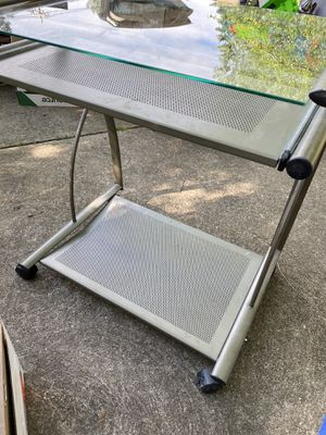 Small desk for Sale in Fairview Park, OH
