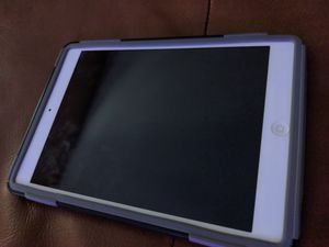 Apple iPad mini with Retina Display MF074LL/A (16GB, Wi-Fi + AT&T, White with Silver) for Sale in Coconut Creek, FL