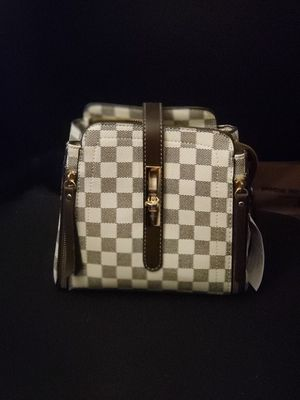Crossbody Bag for Sale in Chelmsford, MA