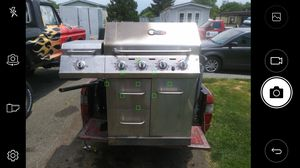 Natural gas grill for Sale in Edgewood, MD