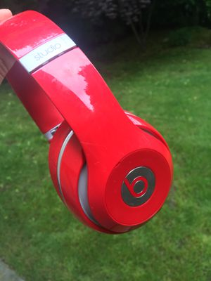 Beats Studio (Noise Cancellation) (RED) for Sale in Hunts Point, WA