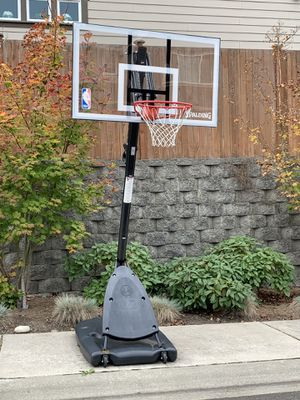 SPALDING Portable basketball Hoop for Sale in Mill Creek, WA