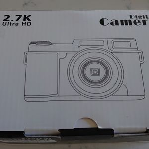 Digital Camera Vlogging Camera 30MP Full HD 2.7K Vlog Camera with Flip Screen 3 Inch Screen Vlog Camera for YouTube with 2 Batteries for Sale in Castro Valley, CA