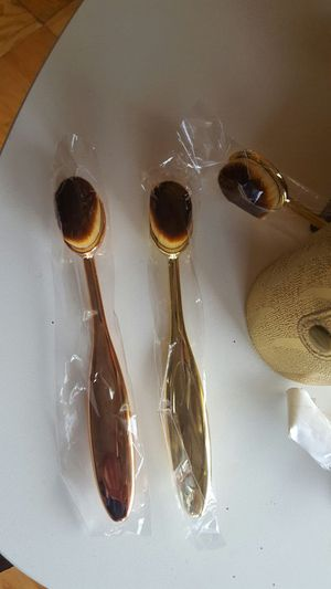 Makeup brush for Sale in Washington, DC