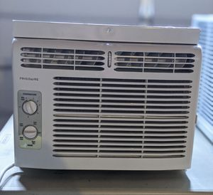 Frigidaire 5,000 BTU Window Air Conditioner for Sale in Bowie, MD