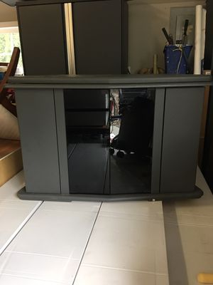 TV stand, good quality for Sale in Happy Valley, OR