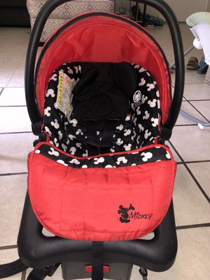 Mickey Mouse car seat for Sale in Tallapoosa, GA
