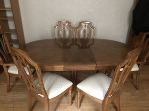 Dining table and chairs for Sale in Oshkosh, WI