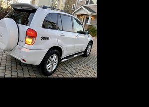 Price$800 Toyota RAV4 for Sale in Worcester, MA
