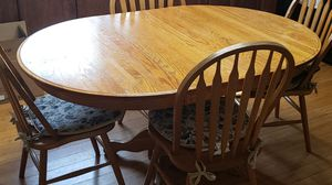 Oakwood Kitchen table and 4 chairs for Sale in Mount Pleasant, MI