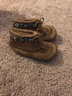 Girls boots size 5 for Sale in Palm Springs, CA