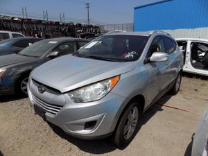 2012 Hyundai Tucson 2.4L (PARTING OUT) for Sale in Fontana, CA
