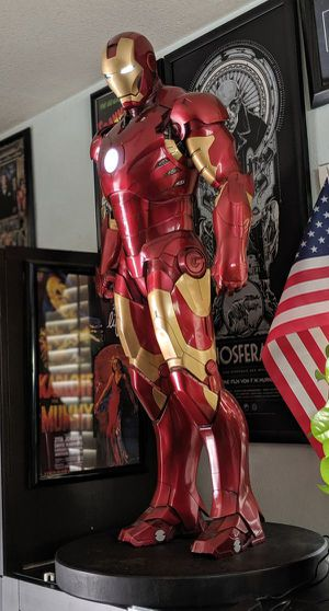 Sideshow Collectibles Marvel Iron Man Mark III Legendary Scale Statue Avengers Maquette Ironman for Sale in Montebello, CA
