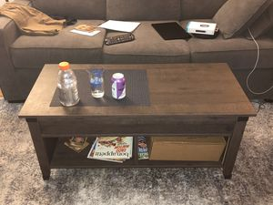 Lift Top Coffee Table for Sale in New York, NY