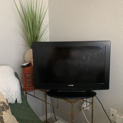 26 in SANYO TV w/ remote for Sale in Dallas,  TX