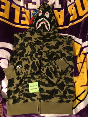 Bape sweater size xl for Sale in Los Angeles, CA
