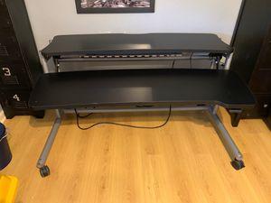 Desk for Sale in Hurst, TX
