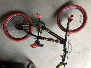 Girls bike with pegs for Sale in Chantilly, VA