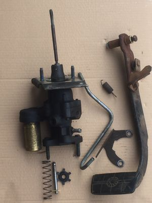 1983 - 1991 CHEVY GMC Truck k5,k10,k20,k30 Square Body HydroBoost / Brake Pedal for Sale in Federal Way, WA