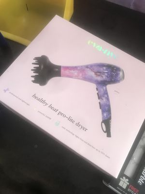 Blow dryer for Sale in Columbus, OH