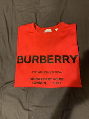 Authentic Burberry tee for Sale in Annandale, VA