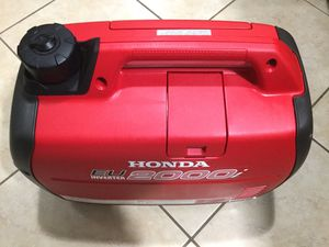 HONDA EU2000I LIKE NEW ... ( MADE IN JAPAN ) 2 HOURS OF RUN TIME........ NOT MADE IN CHINA..... for Sale in Ontario, CA