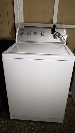Whirlpool Washer and Dryer for Sale in Mill Creek, WA