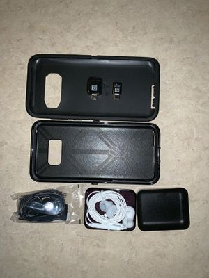 Otter box for SGS 8+ , ear phones & adapters for Sale in BETHEL, WA