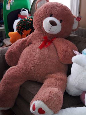 Huge teddy bear and unicorn for Sale in Providence, RI