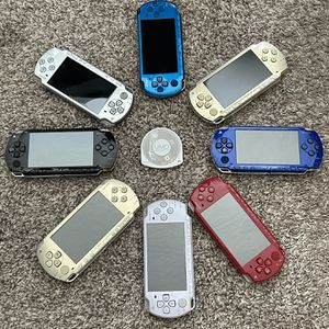 Sony PSP Modded 64GB Memory Stick 3450 games! for Sale in Orlando, FL