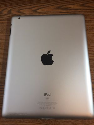3rd gen iPad 16 gig for Sale in Denver, CO