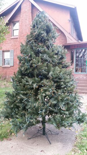 6.5ft Christmas Tree for Sale in Louisville, KY