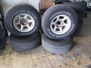 Jeep wheel for Sale in Hialeah, FL