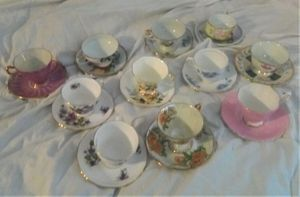 11 SETS OF TEA CUPS AND SAUCERS for Sale in Hemet, CA