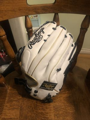 "New Rawlings Liberty Advanced 13"" fastpitch softball glove. for Sale in Lake View Terrace, CA"