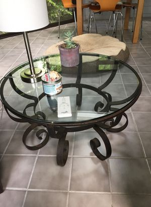 Circular Coffee table for Sale in Herndon, VA