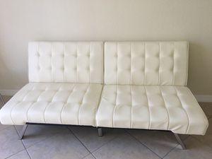White Futon Bed for Sale in Miramar, FL