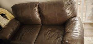 Brown pleather loveseat for Sale in Temple City, CA