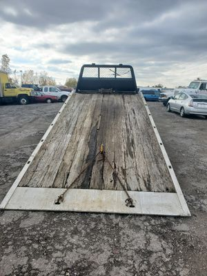 96 f450 flat bed tow truck for Sale in Eastpointe, MI