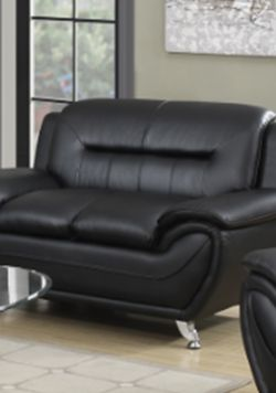 Greatime Black Leatherette Modern Loveseat( Brand New In Box) for Sale in Columbus,  OH
