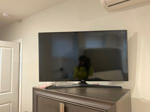 Samsung 40 Inch 1080p LED Smart TV for Sale in Baltimore, MD