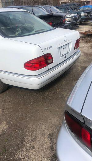 E 320 Mercedes parts for Sale in Highland Park, MI