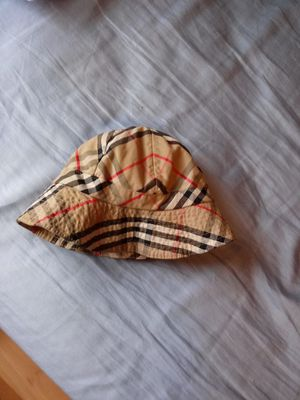 Burberry bucket hat for Sale in MONTGOMRY VLG, MD
