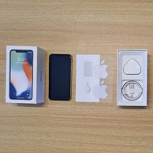 Apple iPhone X 64GB (Unlocked) for Sale in Sioux Falls, SD